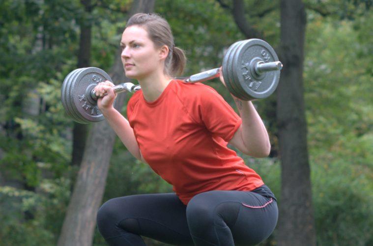 Fitnesstraining im Park